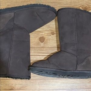 UGG Shoes - Gently worn Brown classic tall UGG boots size 10